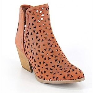 Musse & Cloud Brown Boho Ankle Boots • Size 9